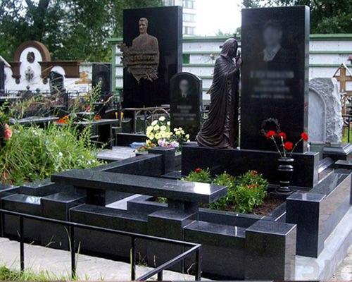 Купить памятник из гранита недорого брянск заказать памятник на кладбище к умершему